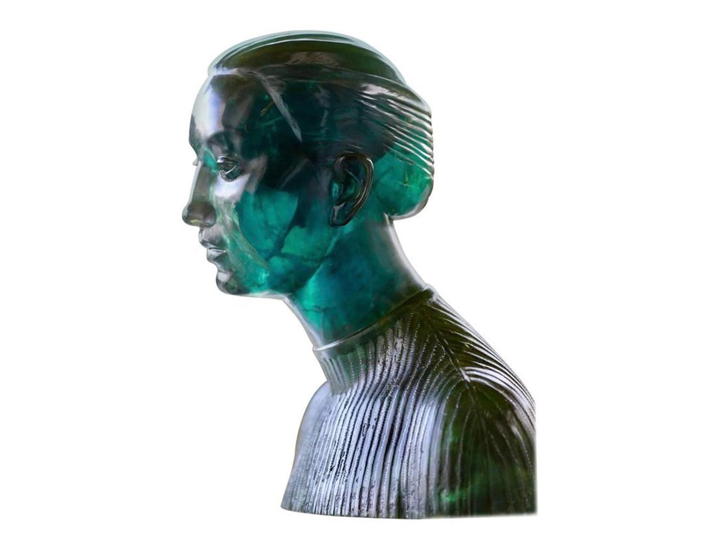 Unique-Cristal-Rock-Lady-Bust